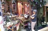 Miniaturist Lani Lugo Grand Prize Winner
